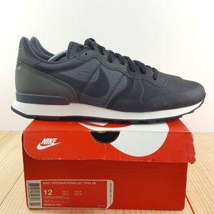 Nike Internationalist Premium SE Size 12